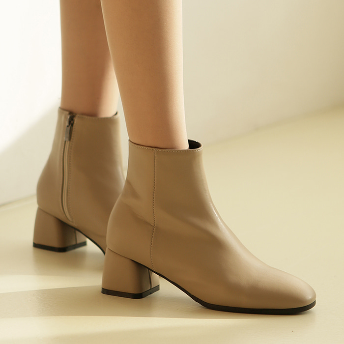 19B515 dark beige ankle